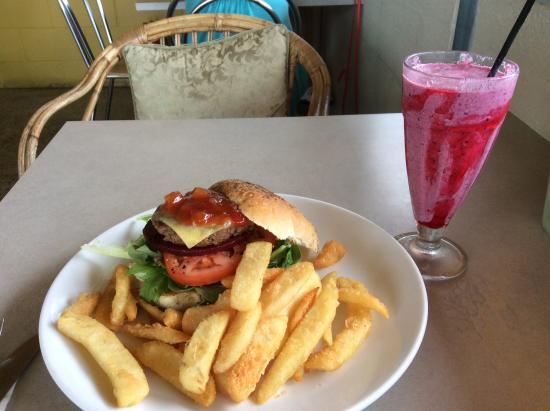 The Blue Heron Cafe - Sydney Tourism