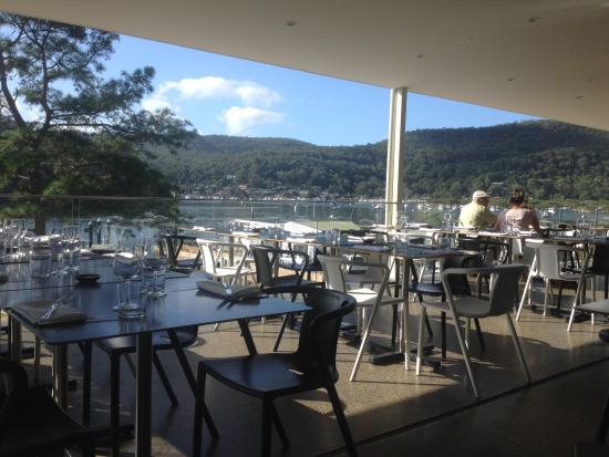 Coastal Restaurant - Sydney Tourism