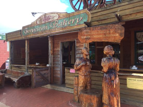 Geeveston Bakery and Pie Shop - Sydney Tourism