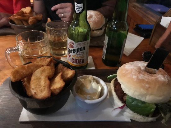 Peppers Cradle Mountain Lodge Tavern Bar  Bistro - Sydney Tourism