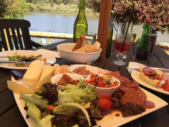 The Lake House Restaurant - Sydney Tourism