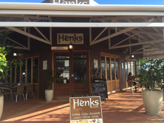 Henk's Cafe