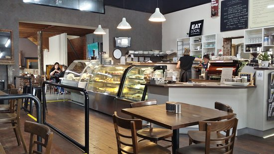 D  M's Bakery Cafe - Sydney Tourism