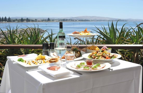 Eat at Whalers restaurant - Sydney Tourism