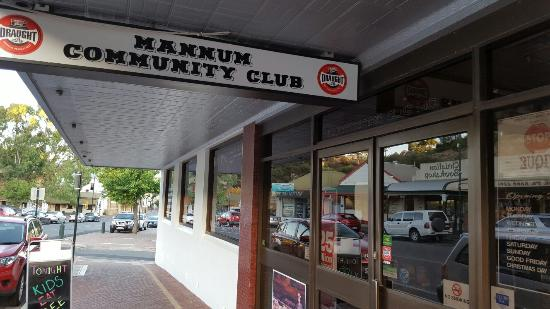 Mannum Community Club - Sydney Tourism