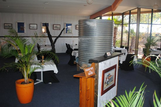 Oasis Restaurant and Bar - Sydney Tourism