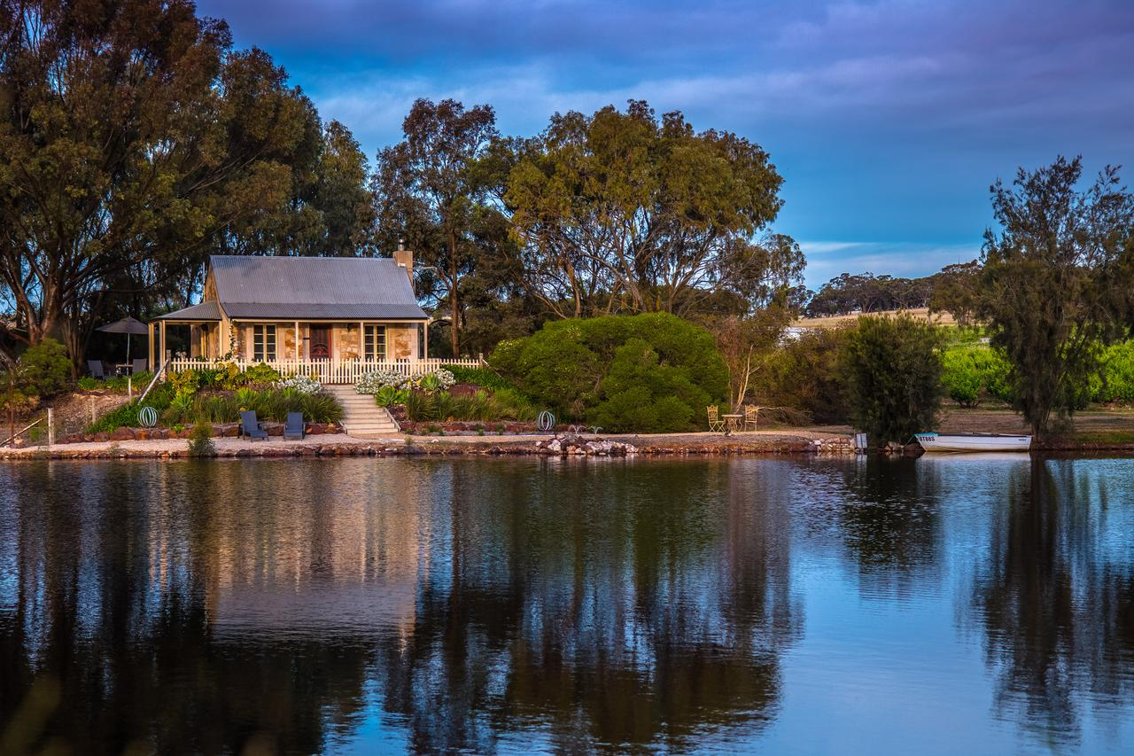 Stonewell Cottages and Vineyards - Sydney Tourism