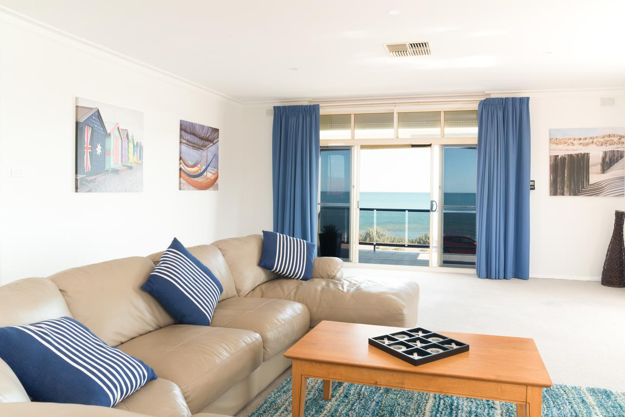 Seaview Sunset Holiday Apartments - Sydney Tourism