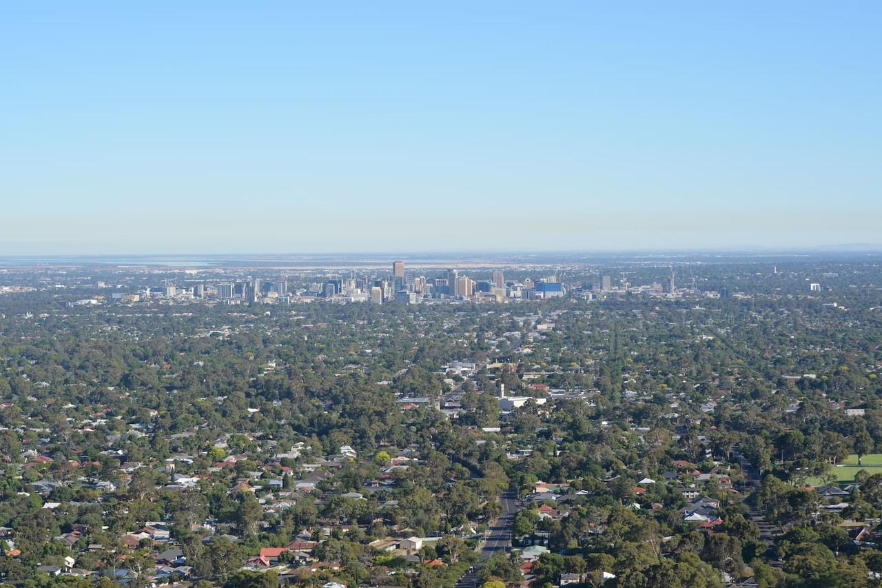 Kingsview Belair Apartment Grand Views of Adelaide - Sydney Tourism