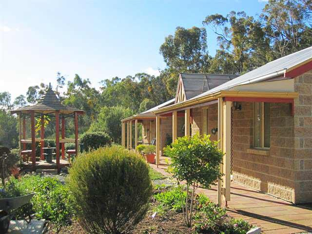 Riesling Trail  Clare Valley Cottages - Sydney Tourism