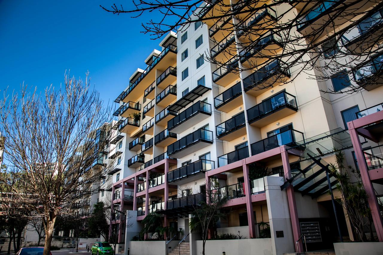 Apartments on Mounts Bay - Sydney Tourism