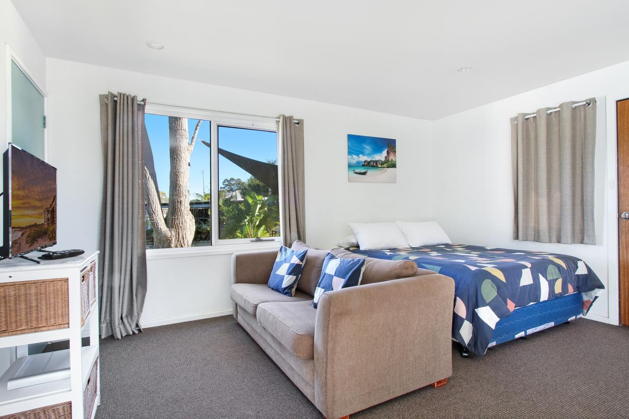 Huskisson Holiday Motel Cabins - Sydney Tourism