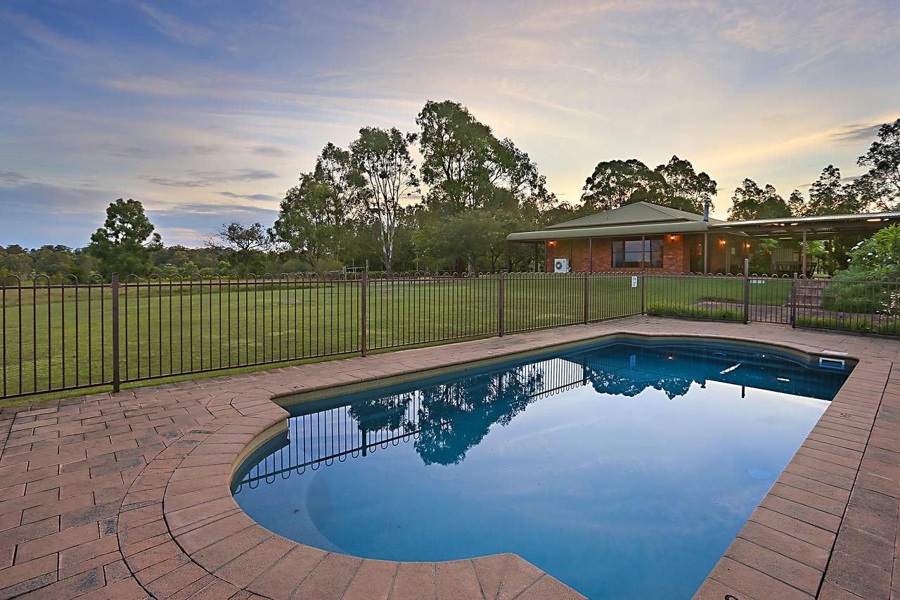 Ironstone Estate Lovedale - Sydney Tourism