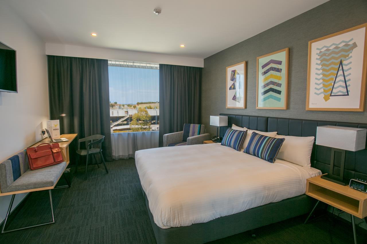Alpha Hotel Eastern Creek - Sydney Tourism