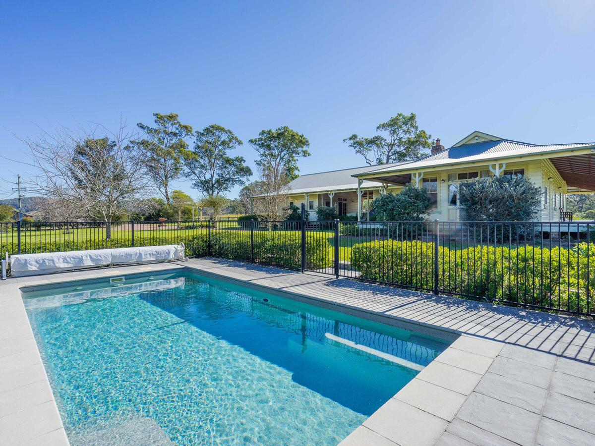 Roscrea Homestead - Luxury Retreat - Sydney Tourism