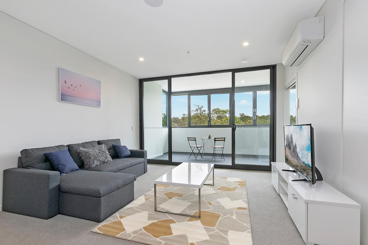 Stylish and Neat two bed apartment in Wentworth Point - Sydney Tourism