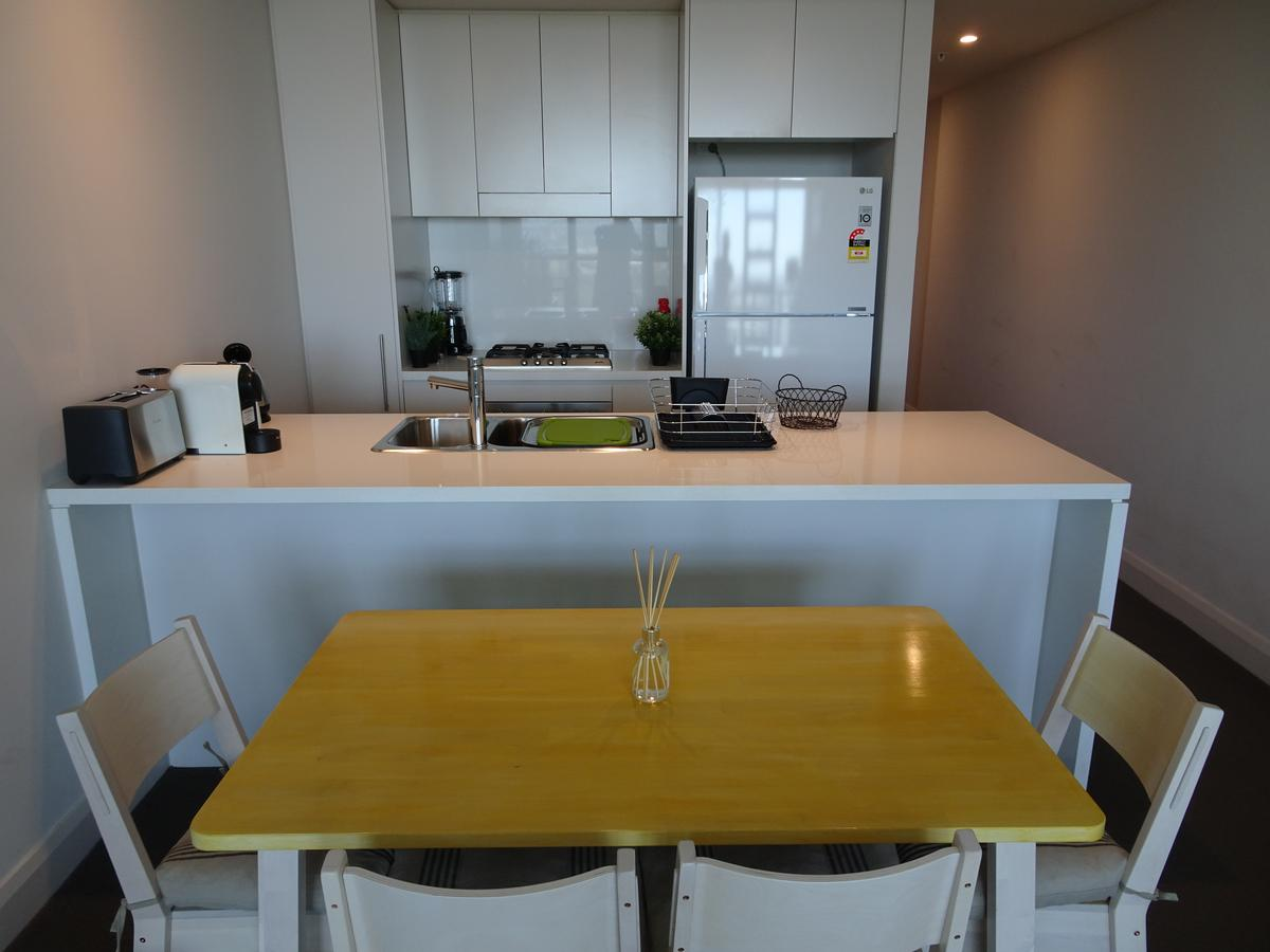Sydney Olympic Park Apartment - Sydney Tourism