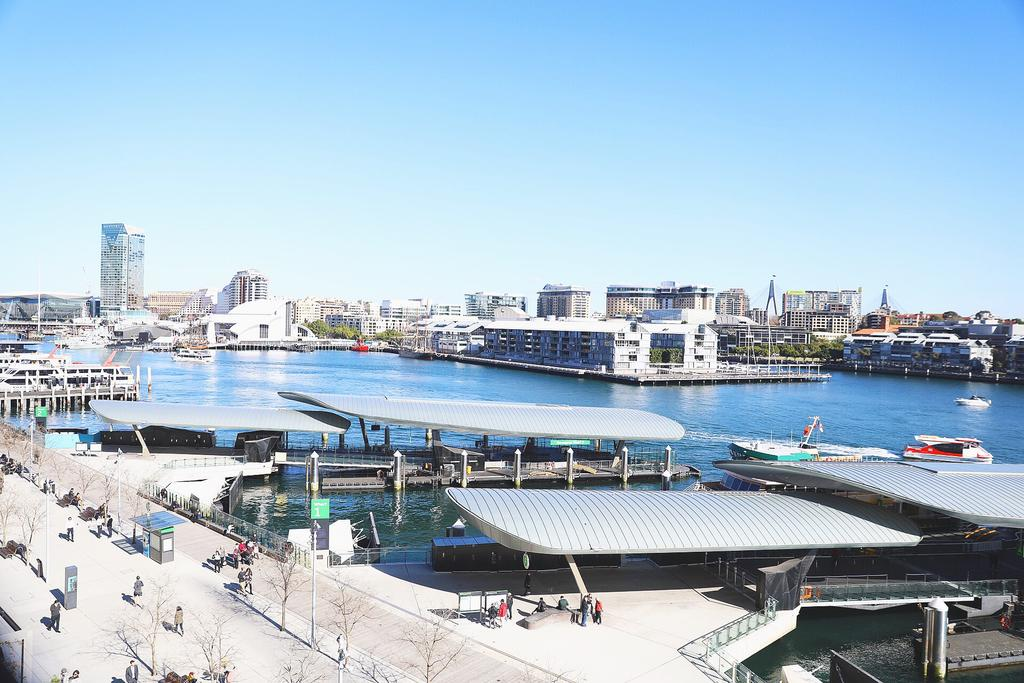 Darling Harbour Waterview Luxury Apartment - Sydney Tourism
