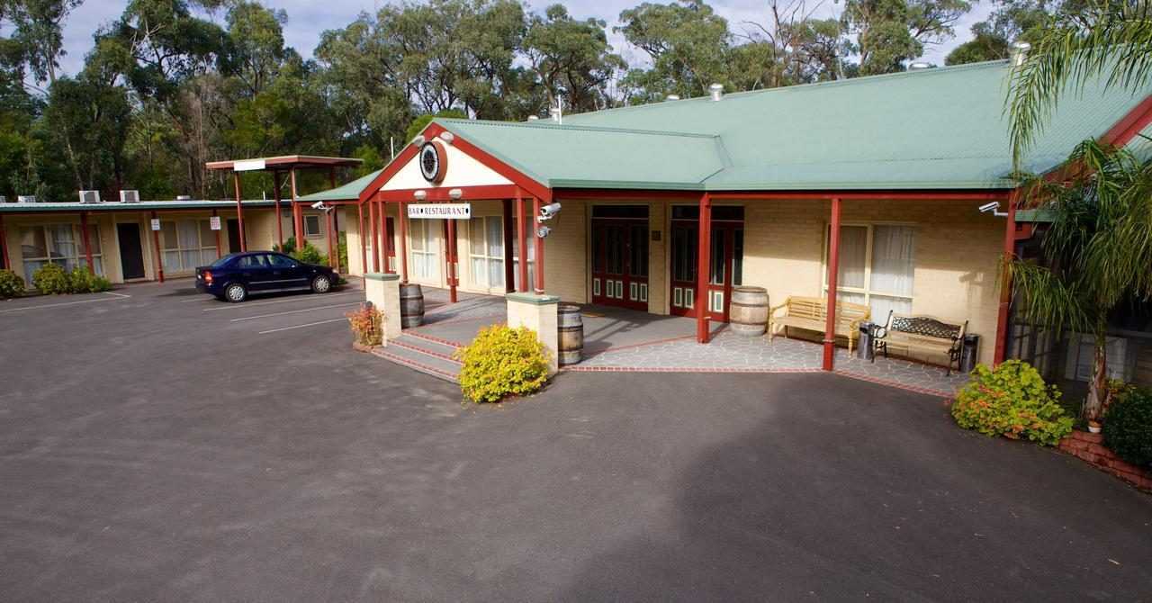 Sanctuary House Resort Motel - Sydney Tourism