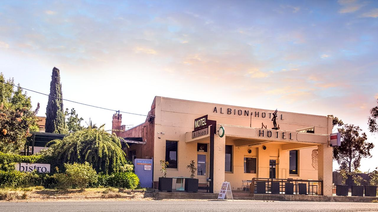 Albion Hotel and Motel Castlemaine - Sydney Tourism