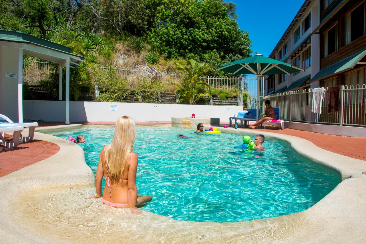 Whale Watch Ocean Beach Resort - Sydney Tourism
