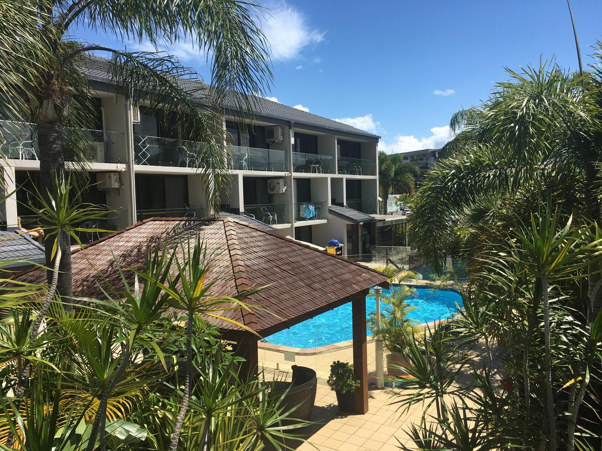 Burleigh Palms Holiday Apartments - Sydney Tourism